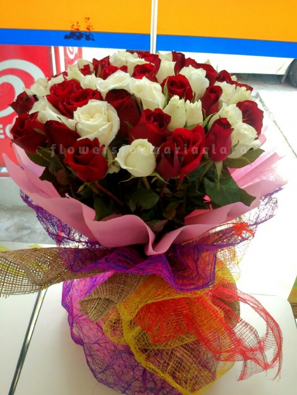 Flowers bouquet delivery in Las Pinas