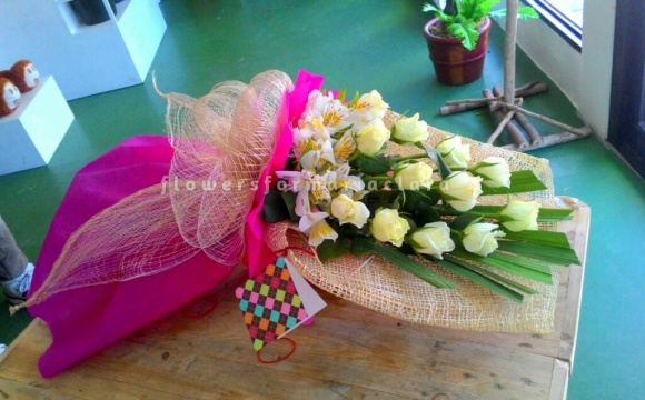 Flowers bouquet delivery in Novaliches