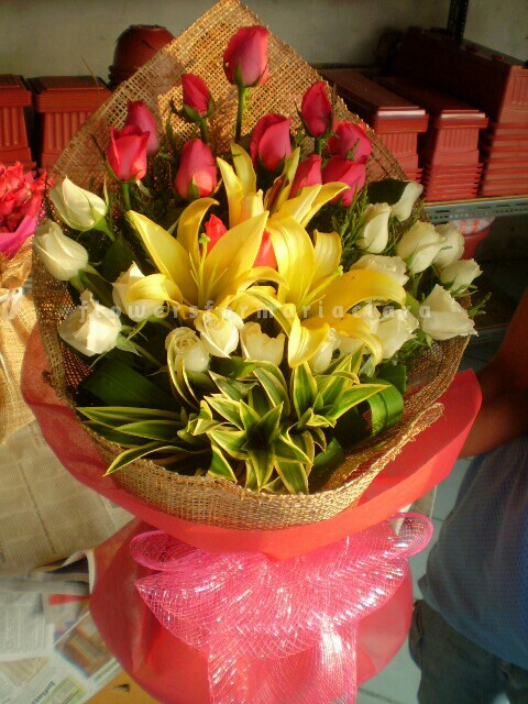 Flowers bouquet delivery in Taguig